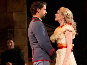 Lily Rabe and Hamish Linklater as Beatrice and Benedick Photo by Joan Marcus